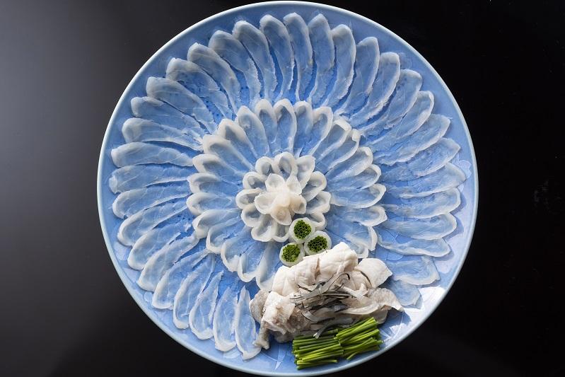 伝説のふぐ料理人「島津 豊」をご紹介します。